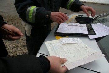 Водителей без прав хотят штрафовать без эвакуации машины