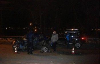 В Нижнем Тагиле две автоледи не поделили дорогу. 24-летняя девушка госпитализирована с черепно-мозговой травмой (ВИДЕО)