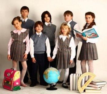 Свердловским школьникам из многодетных семей бесплатно выдадут форму
