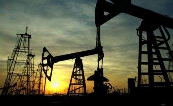 Цены на нефть резко выросли, но эксперты прогнозируют в ближайшее время падение ниже 40 долларов за баррель