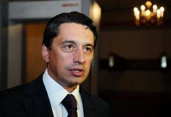 Директор УВЗ призывает правительство бороться с кризисом