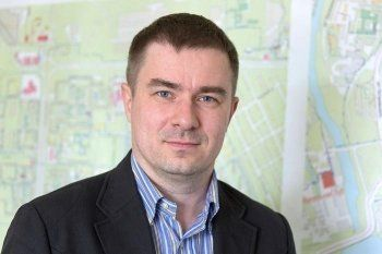 Андрею Обельчаку, проигравшему Пырину пост спикера Нижнетагильской гордумы, нашли новую работу. Его место в НТТС займёт коллега-депутат