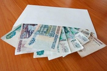 Минтруд будет внепланово проверять бизнес на зарплаты «в конвертах»