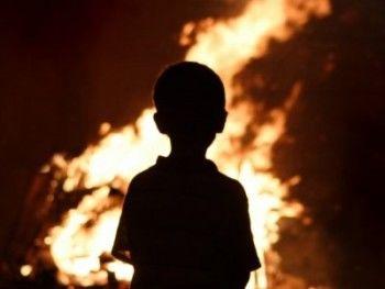 В Свердловской области в страшном пожаре погибли два ребёнка