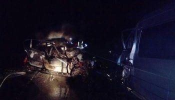 Под Красноуфимском в машине заживо сгорели четыре человека
