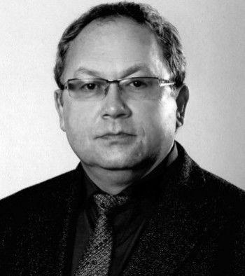 Скончался директор тагильской школы № 7 Игорь Васильев
