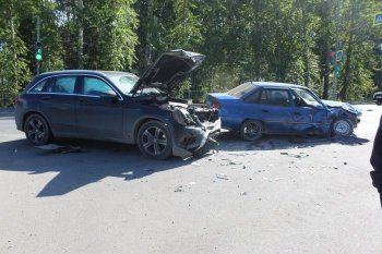 На Южном подъезде к Нижнему Тагилу пьяный водитель устроил ДТП с пострадавшими