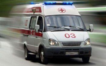 В Нижнем Тагиле рядом с остановкой легковушка сбила пешехода. Пострадавший в коме