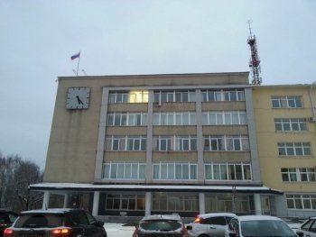 Заместителя Сергея Носова оштрафовали прямо у здания мэрии за неправильную парковку. Подчинённые достали смартфоны и начали снимать видео