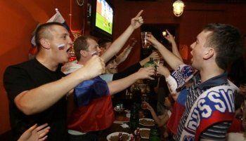 Спортивные трансляции в барах Нижнего Тагила уже не в моде. Перед хоккейным матчем Россия - США бронируют столики единицы