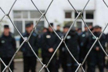 Дума может выпустить преступников из тюрем в честь 9 мая