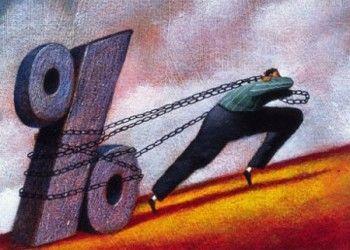 Россияне всё больше втягиваются в кредитную кабалу. Банки уже не боятся выдавать займы клиентам с пятью кредитами