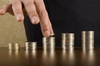 Тагильский депутат выступил с правотворческой инициативой - хочет получать на 200 рублей больше