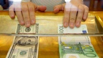В мегаполисах не хватает долларов. В Нижнем Тагиле про валютный ажиотаж ничего не слышали