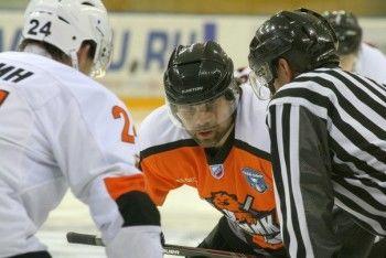 «Молот-Прикамье» переиграл «Спутник» и сравнял счёт в серии