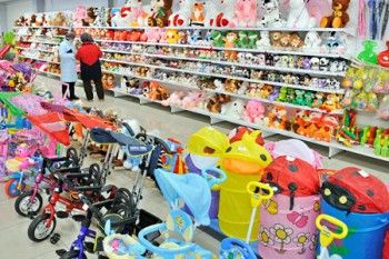 Каждая вторая детская игрушка в магазинах Свердловской области опасна для здоровья