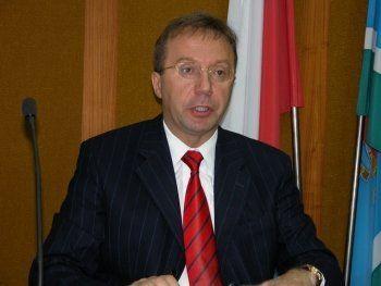 Срочно! Законодательное собрание региона покидает депутат-единоросс