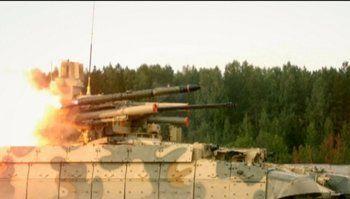 Friendly Fire! На RAE-2015 в Нижнем Тагиле танк открыл огонь по своим, одна из ракет полетела в сторону зрителей (ВИДЕО)