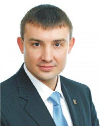Поздравляем! Спикер нижнетагильской городской думы защитил кандидатскую