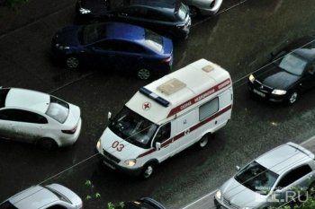Пожарным и скорой могут разрешить таранить машины автохамов