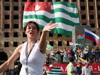 Вслед за главой МВД Абхазия потеряла генпрокурора и премьер-министра