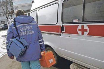 В Екатеринбурге неизвестные обстреляли реанимобиль