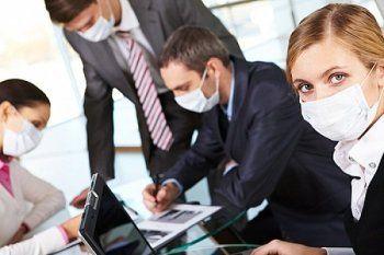 Болеющих «на ногах» и без масок сотрудников предлагают штрафовать