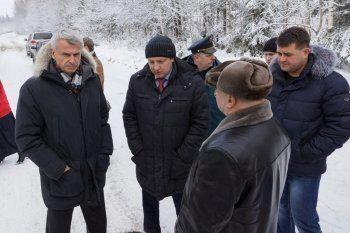 Мэрия Нижнего Тагила включила машину пропаганды: Сергей Носов рапортовал о продуктовом изобилии в Серебрянке, не сумев добраться до деревни