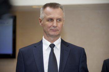 Свердловский вице-премьер Власов проигрывает коммунистке на выборах в Заксобрание