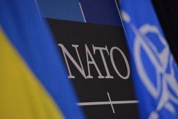 НАТО заявило о движении российских войск к украинской границе