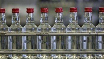 Минфин предложил поднять минимальную цену на водку