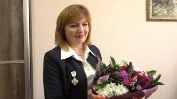 Супруга главного полицейского Нижнего Тагила получила знак почёта «За верность и преданность»