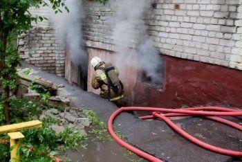 В центре Нижнего Тагила ночью горело общежитие (ФОТО)