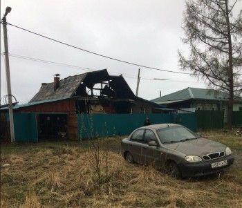 В Нижнем Тагиле при пожаре в частном доме погибли три человека
