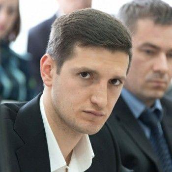 Гаджи Абдулов: «С радостью стану депутатом Заксобрания». Самый молодой парламентарий НТГД о семье, Instagram и странных обращениях горожан