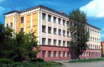 Школу № 32 закроют на реконструкцию. Дети будут учиться на Гальянке
