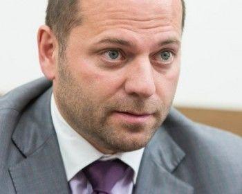 Депутат Илья Гаффнер, предложивший россиянам меньше питаться, отделался за свои слова предупреждением однопартийцев