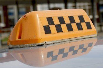 Диспетчерская служба «Везёт» расторгла договор с таксистом за самосуд над пассажирами