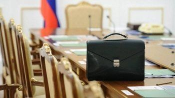 «Ведомости» анонсировали отставку губернаторов Дагестана, Приморья и Магаданской области
