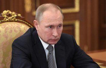 Путин встретился с отправленными в отставку губернаторами