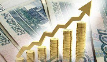 Путин повысил минимальный размер оплаты труда на 1300 рублей