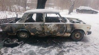 В день выборов в Нижнем Тагиле сожгли автомобиль (ВИДЕО)