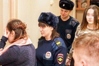 «Хабаровских живодёрок» отправили в тюрьму за издевательства над животными и оскорбление чувств верующих (ВИДЕО)