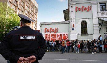 Познер, Макаревич, Сокуров и Лунгин попросили отменить арест экс-директора «Гоголь-центра»