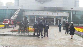 В Екатеринбурге задержан мужчина, который на УАЗике с газовыми баллонами протаранил ККТ «Космос» (ВИДЕО)