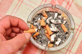 Депутаты поддержали надбавку в 10% для некурящих россиян