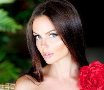 Родственники Юлии Лошагиной просят журналистов не приходить на похороны