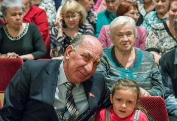 Тагильский депутат Владимир Радаев предложил вернуть в школы обязательные дежурства