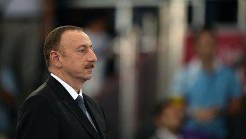Президент Азербайджана помиловал осуждённого за поездку в Карабах блогера Лапшина