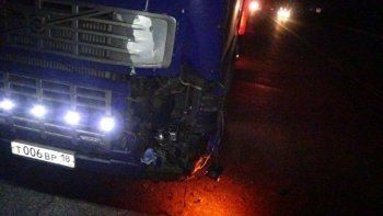 Ночью на ЕКАД грузовик насмерть сбил пешехода